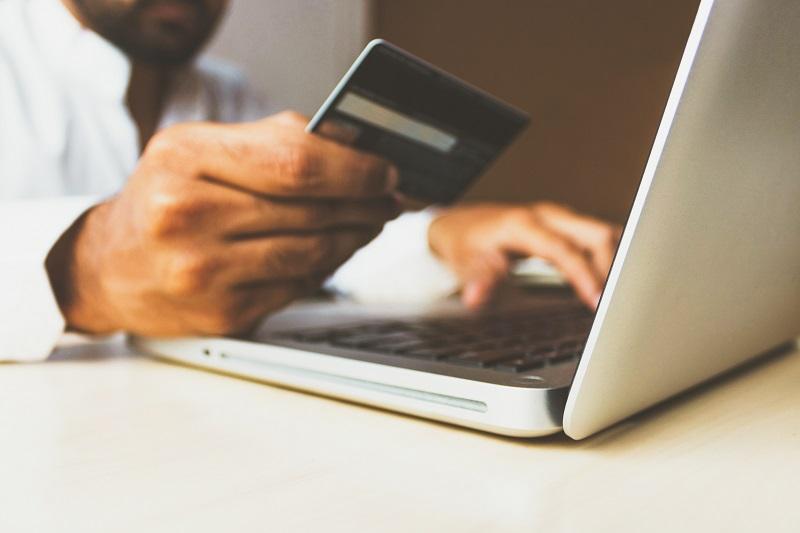 client-paie-pas- facture-paiement